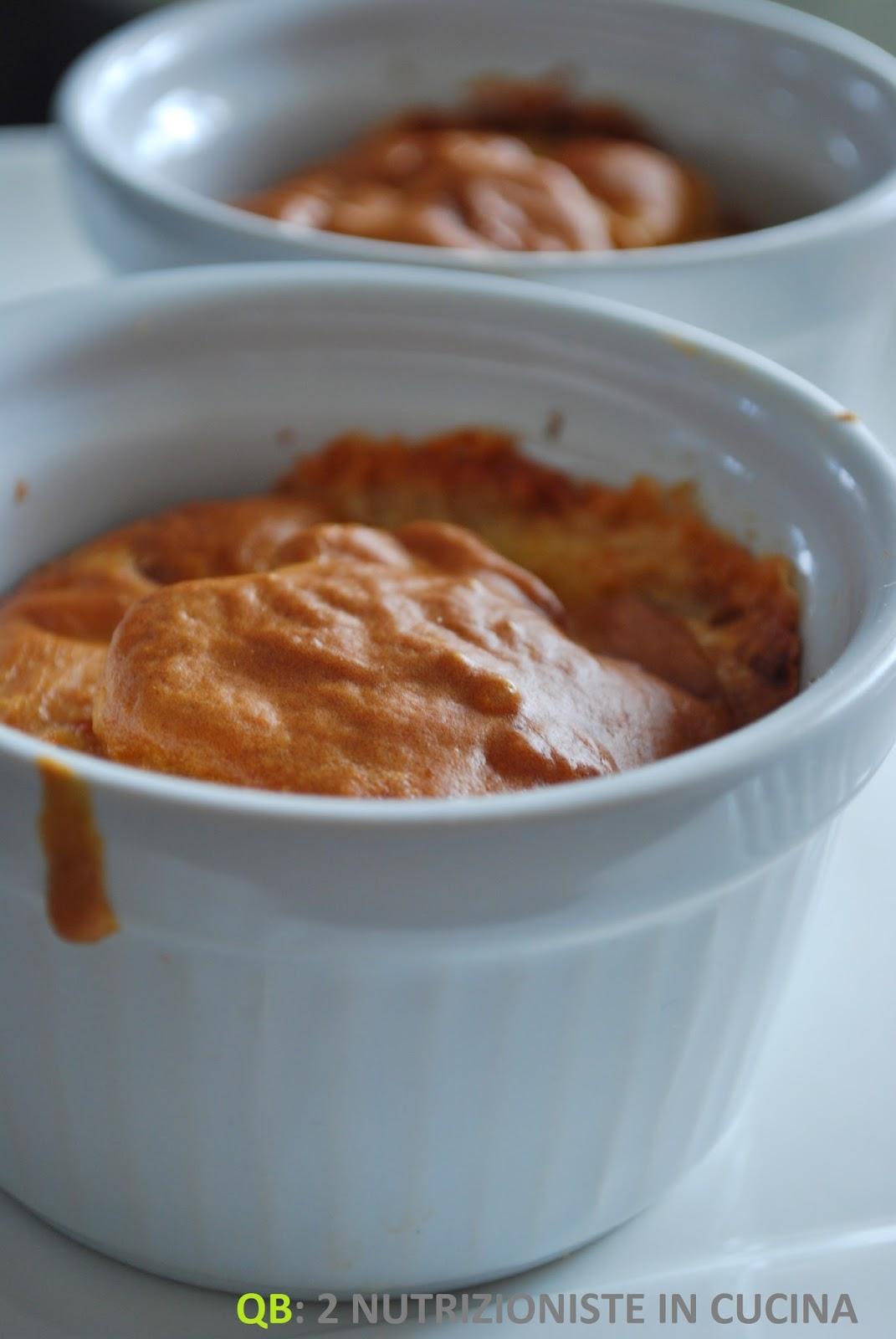 Muffin con pere e scamorza