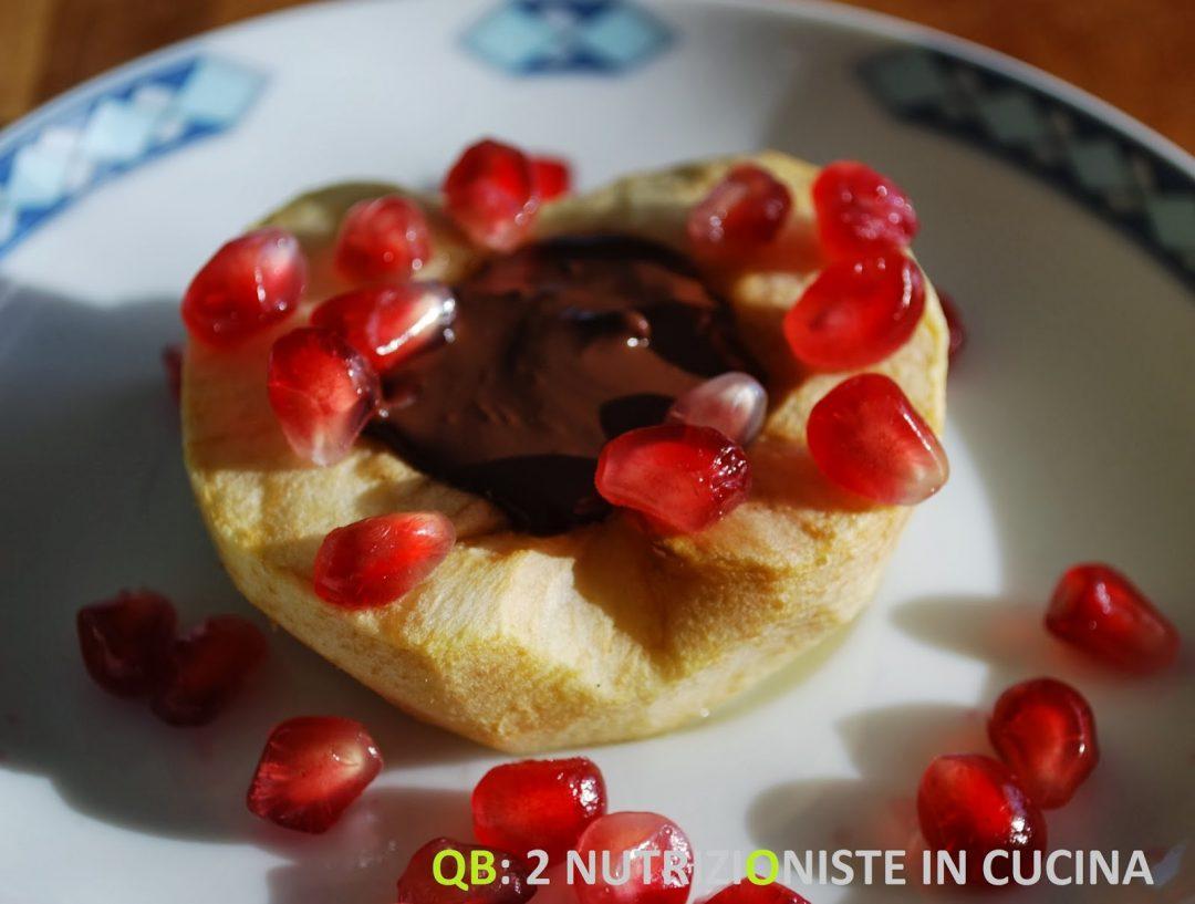 Cuori di mela al cioccolato e melograno