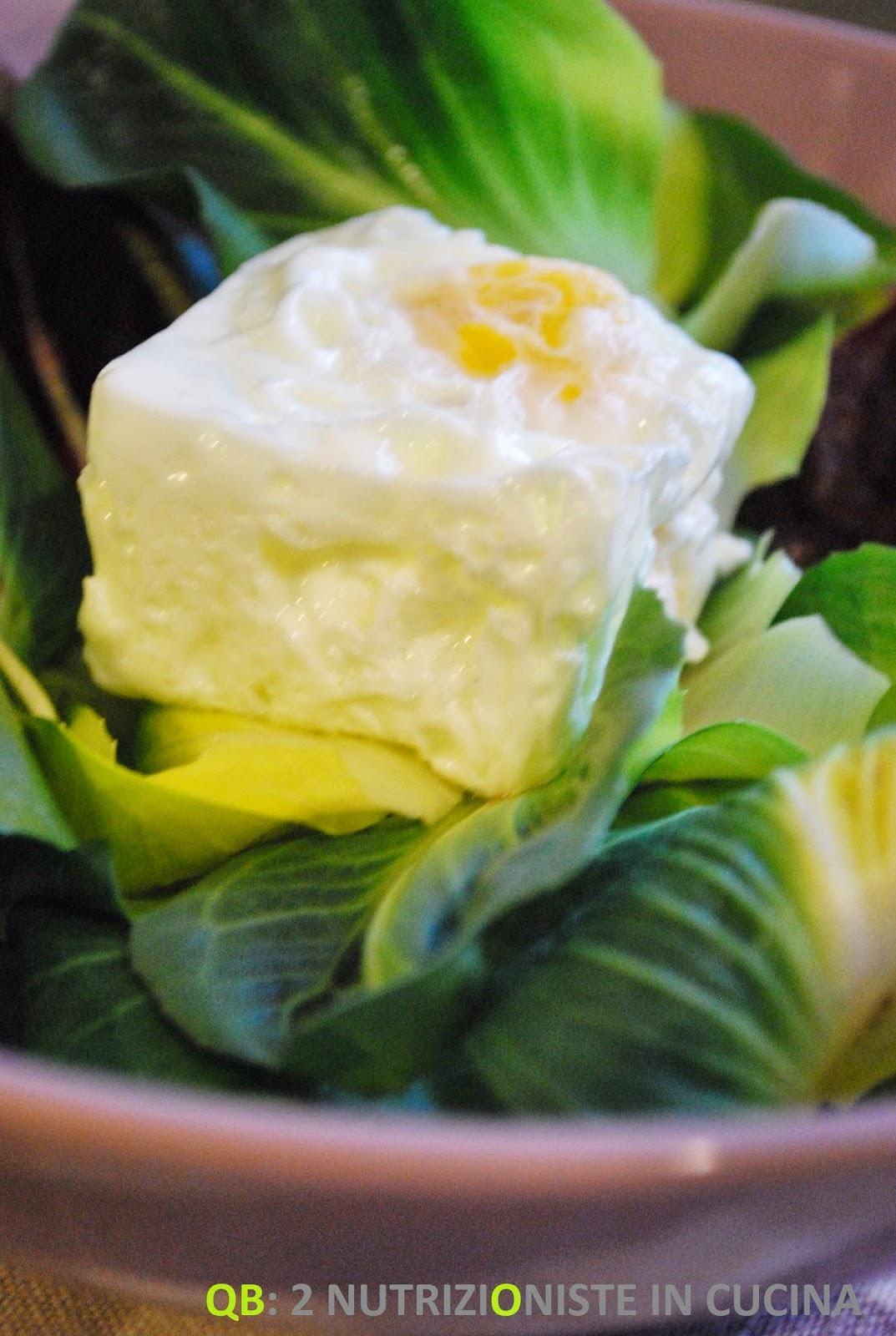 Insalata di costetto e uova sode al cubo
