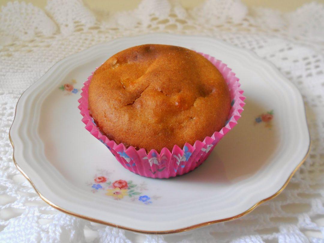 Muffin all'olio di oliva con mela e miele