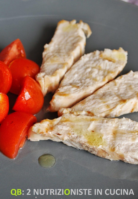 Tagliata di pollo con pomodorini