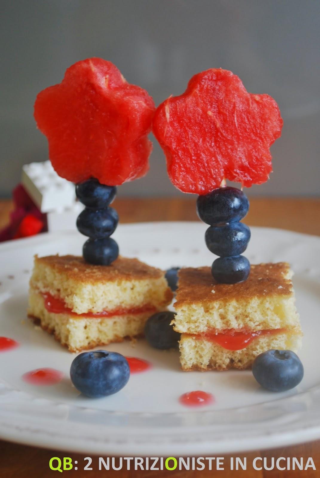 Fiorellini di frutta