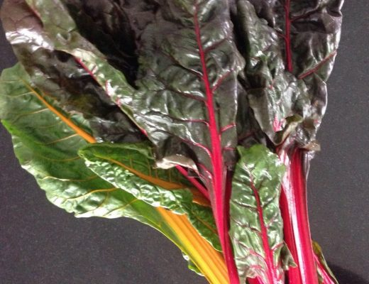 Crostata di zucca, zucchine e coste rosse