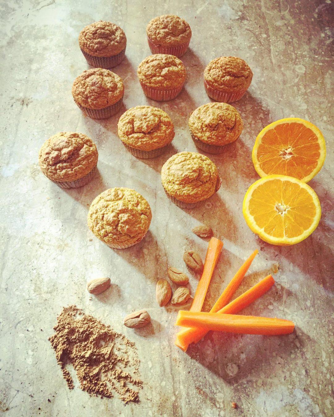 muffins con arance, carote, mandorle e cannella