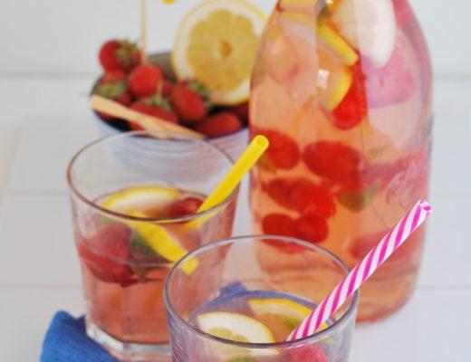 acqua con fragole