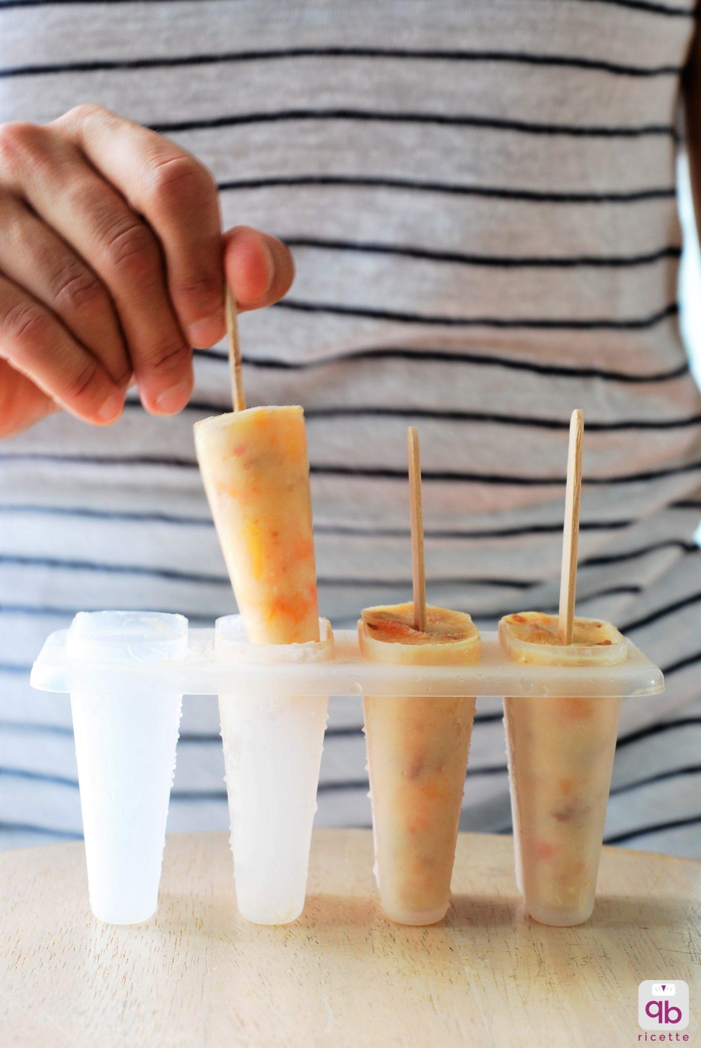 frozen yogurt amaretti pesche