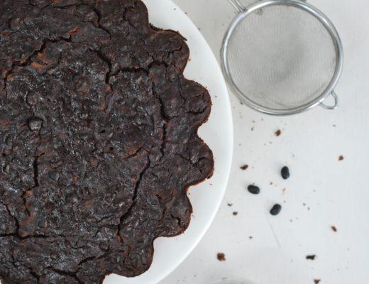 torta al cioccolato e fagioli neri
