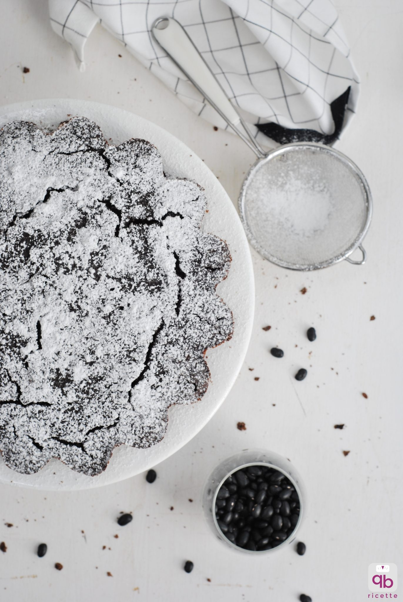 torta cioccolato e fagioli neri