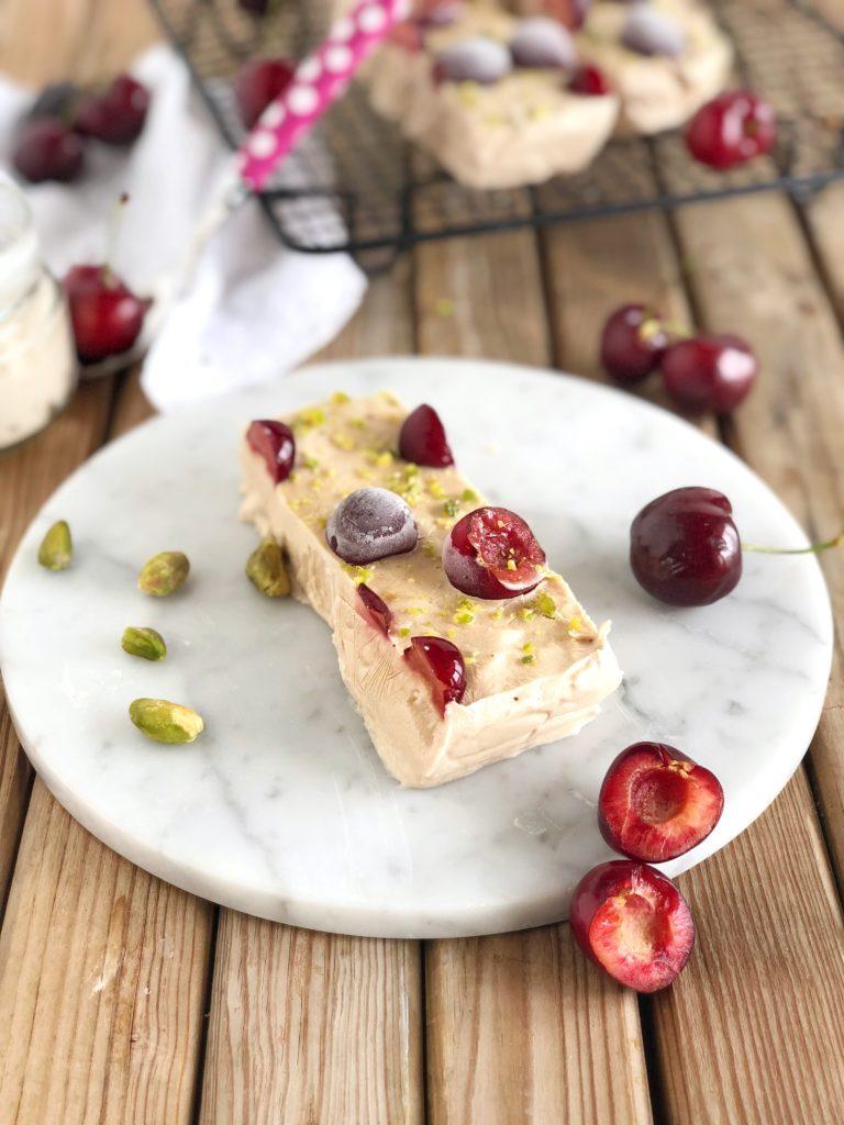 frozen yogurt ciliegie
