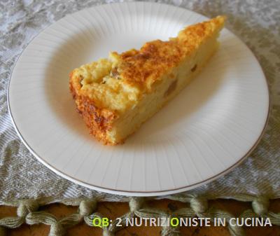 Torta di cous cous seconda versione con mele, uvetta e Stevia