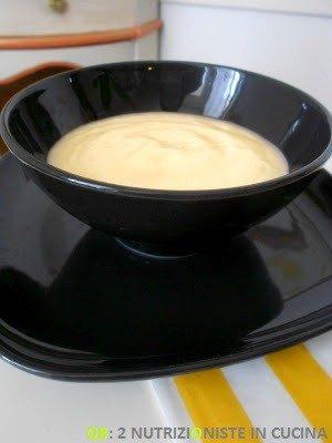 Crema pasticcera senza zucchero e gluten-free